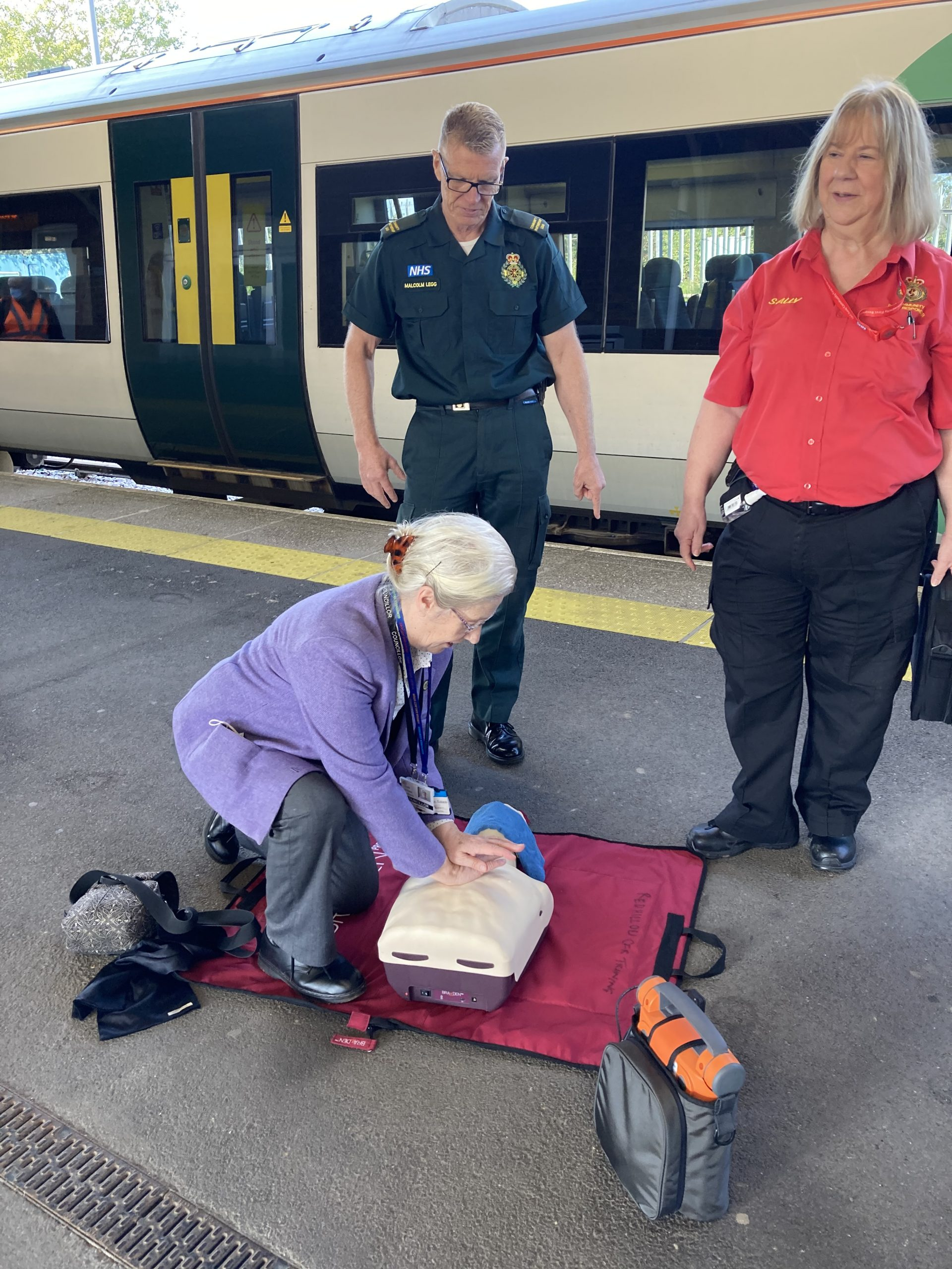 Station Partners learn how to save lives at Three Bridges